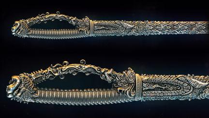 Indian Sword//Needle//2