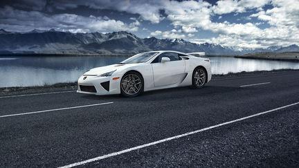 Lexus LF-A Lakeside