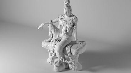 Guanyin statue (studio light)