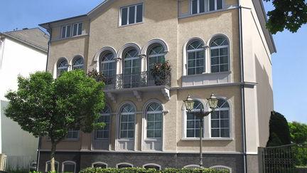 neo-classical villa rendering